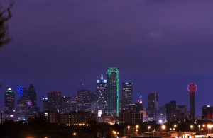 Dallas at dusk - home of Dallas-Fort Worth movers