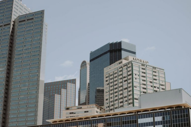 business buildings in Dallas, TX
